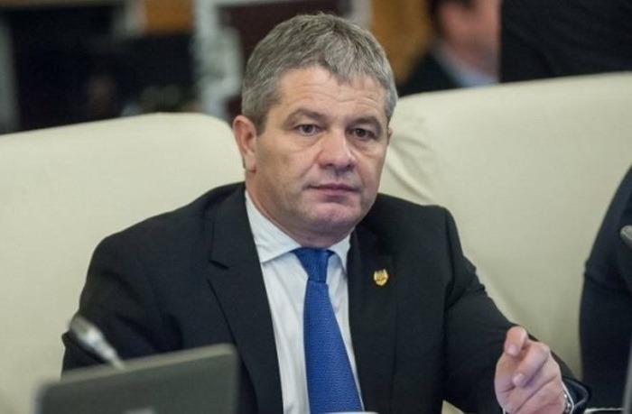 Ministrul Sănătăţii spune că a trimis imunoglobulină către toate spitalele din ţară. Bodog acuză că problema a apărut pe vremea ministrului Facebook