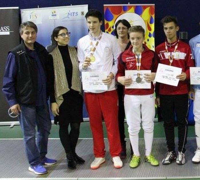 Orădeanul Kristof Bagdan a cucerit bronzul la Campionatul Naţional de Spadă pentru Speranţe, de la Bucureşti