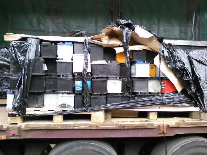 Transport ilegal de deseuri, oprit de comisarii de mediu ...