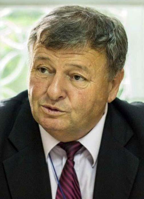 Ioan Pirtea, director la Şcoala Ioan Bococi, membru PSD