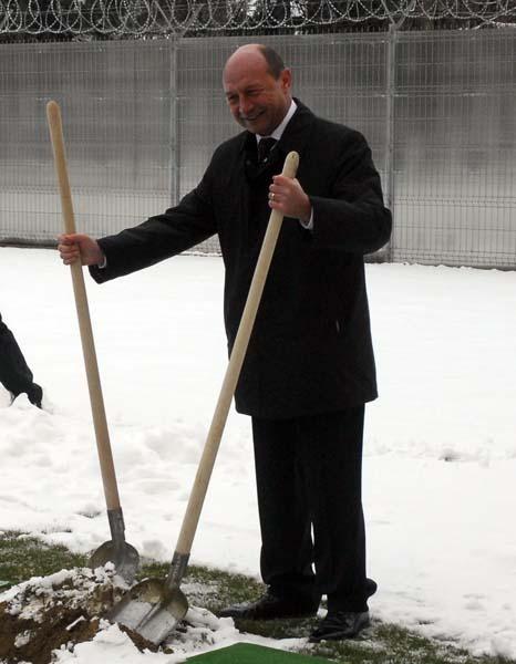 16 Basescu_jurnal_1.jpg
