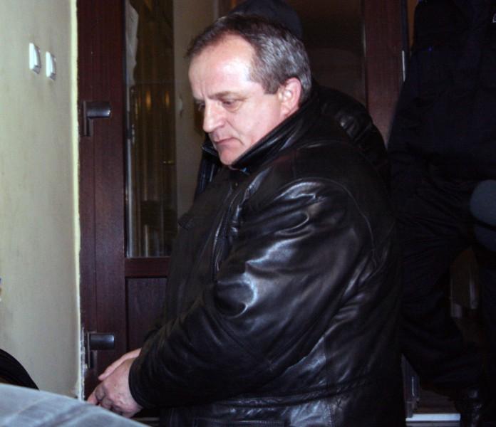 Viorel Renu arestat 1.jpg