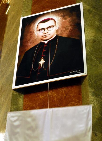 beatificare episcop.jpg