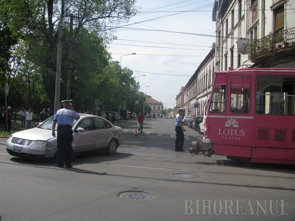 O şoferiţă neatentă a blocat tot centrul Oradiei la oră de vârf
