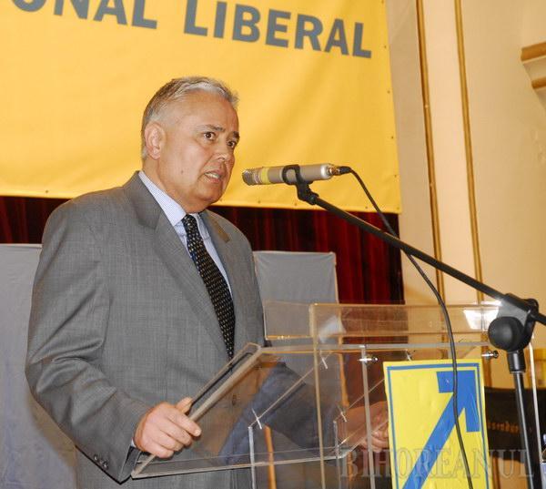 Bolojan a câştigat alegerile pentru conducerea organizaţiei PNL Oradea, dar nu și echipa sa