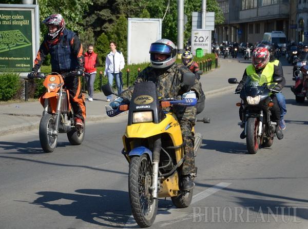 Marşul pe două roţi s-au încheiat: sute de motociclişti au venit la finişul din Băile 1 Mai
