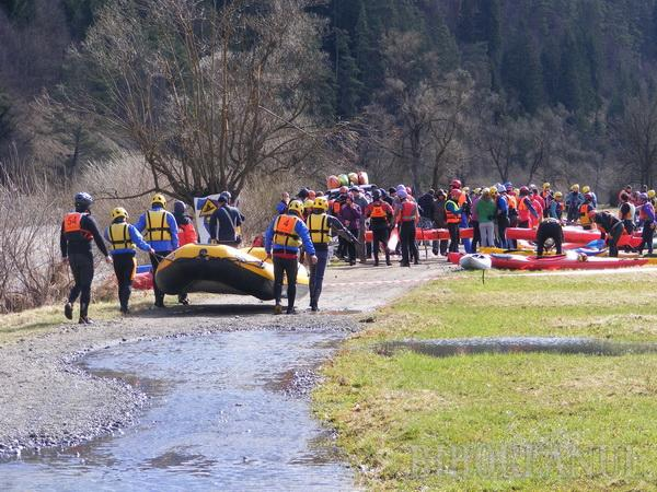 "Sportivii Salvamont-Salvaspeo Bihor au ""îmblânzit"" apele la ""Mureş Marathon"""
