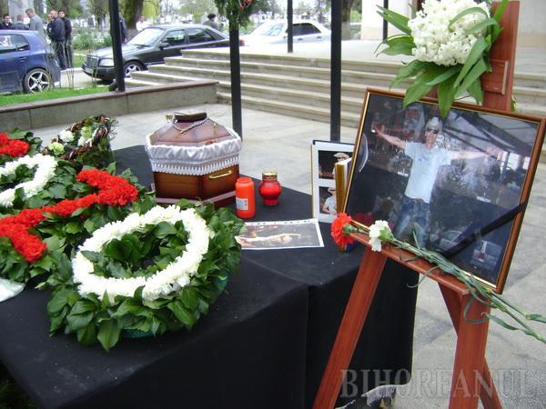 Dr. Zozo a fost înmormântat în vuiet de motoare tunate