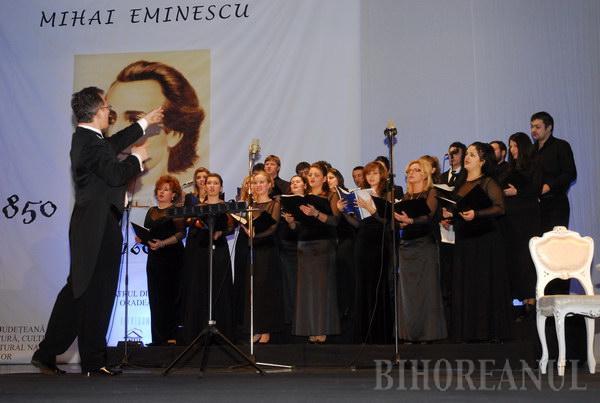 Sute de orădeni l-au celebrat pe Eminescu