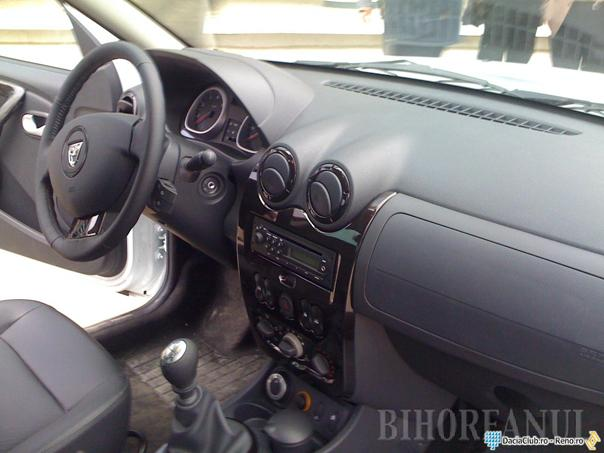 Cea mai ieftină Dacia Duster costă 10.500 euro