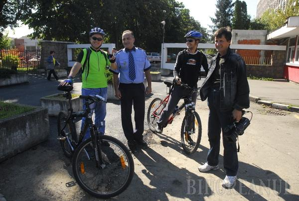 Bicicleta, cel mai rapid mod pentru a ajunge din Rogerius la Primărie