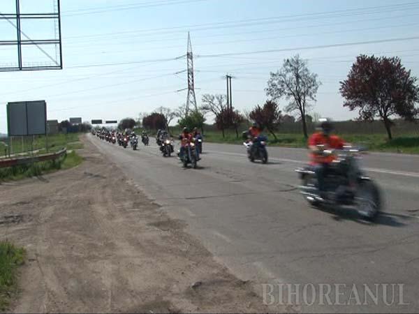 Poliţist motociclist mort, din cauza unui şofer grăbit care nu i-a acordat prioritate