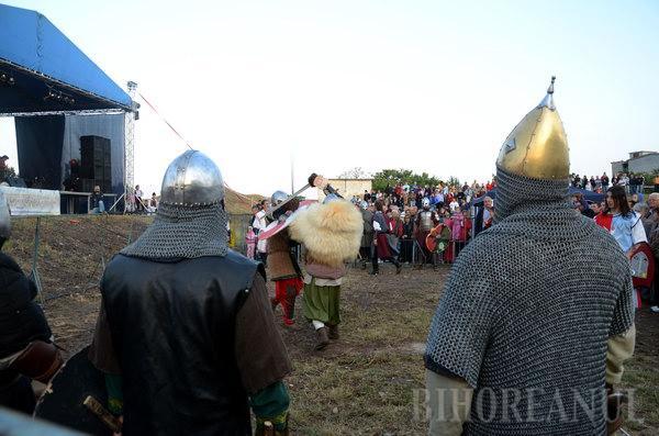Ducu Bertzi şi cavalerii medievali au strâns orădenii la Serbările Cetăţii