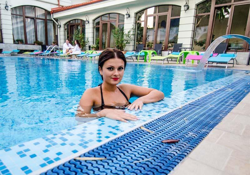 Oradea, noul Felix: Oradea ar putea să devină o staţiune balneară, cu clinici care să concureze Băile Felix şi 1 Mai