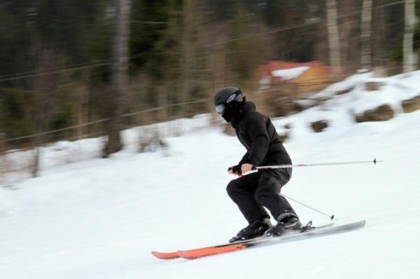 Un consilier judeţean PDL a murit pe pârtia de schi