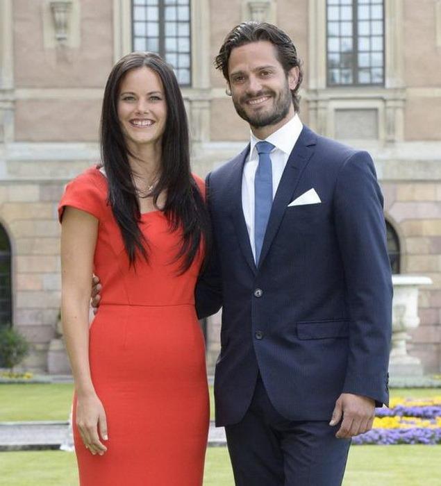 Iubire fără limite: Prinţul Suediei se căsătoreşte cu o fostă stripteuză (FOTO)