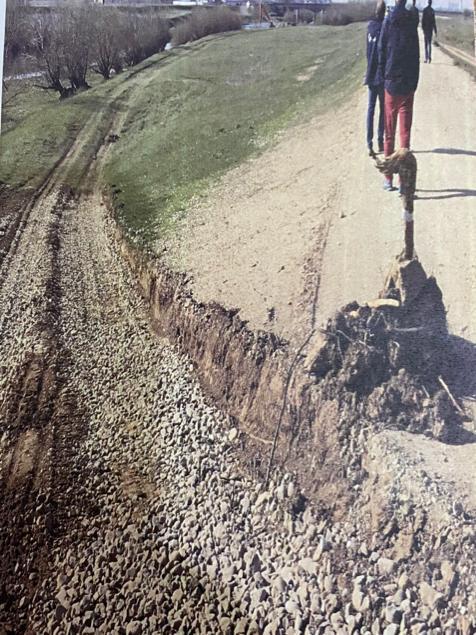 """Lupul paznic la oi! ABA Crişuri, reclamată de un primar din Bihor că a făcut excavări ilegale în albia Crişului Repede: """"Dacă făceam ca ei, eram legat azi!"""" (FOTO)"""
