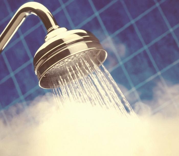 Atenţie, vin zile grele! De joi dimineaţa, utilizatorii din Oradea şi Sînmartin rămân fără apă caldă