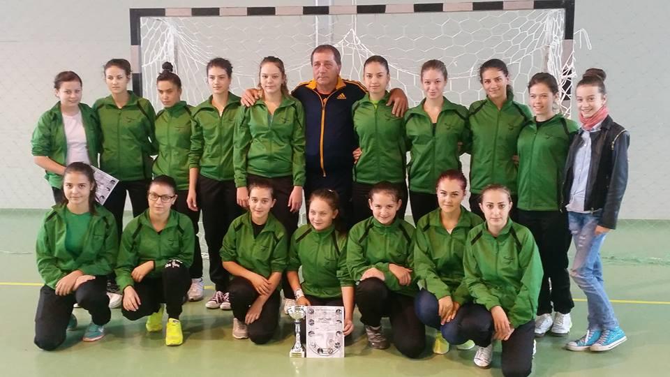 Junioarele de la ACS Tonic Oradea au învins cu 22-14 CSS Zalău şi sunt cu un pas la turneul semifinal al Campionatului Naţional