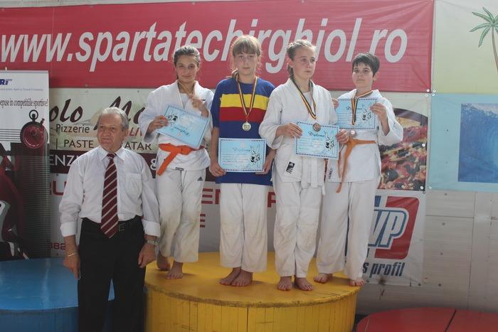 Patru medalii pentru orădeni la Finala Campionatului Naţional de judo pentru Copii III (U 12) de la Techirghiol