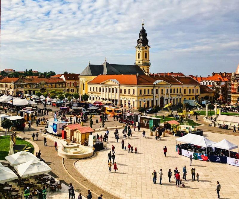 Otravă, unul dintre cei mai cunoscuţi bloggeri din România, laudă Oradea: Este un oraş superb în care se trăieşte ca afară