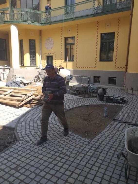 Lucrările de reabilitare a casei Darvas La Roche se apropie de sfârşit (FOTO)