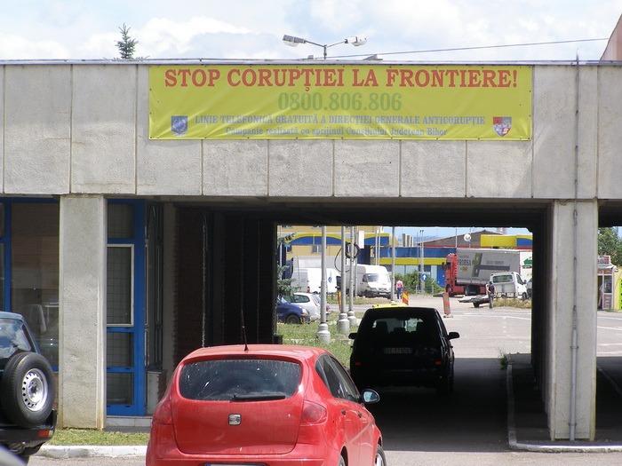 Felicitaţi, de ziua lor: Poliţiştii Direcţiei Generale Anticorupţie Bihor, pe locul 3 în ţară