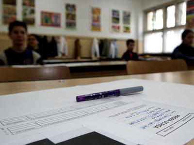 Absolvenţii de gimnaziu încep examenele din Evaluarea Naţională
