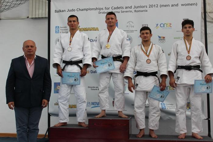 Judoka orădeni au cucerit 12 medalii la Cupa României de seniori