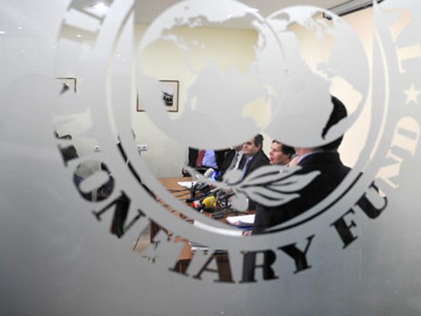 Propunerile lui Băsescu, acceptate de FMI, cu condiţia ca economiile să meargă la investiţii