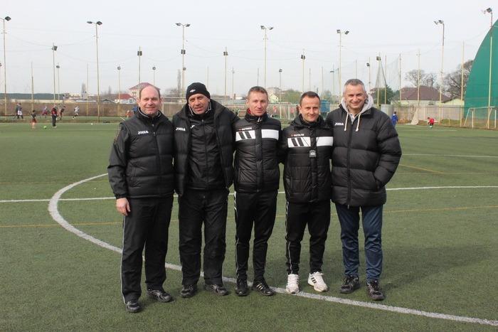Arbitrii de liga a III-a din Transilvania au fost instruiţi din nou în Bihor, după o pauză de 19 ani (FOTO)