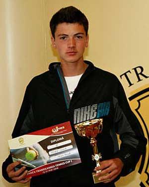 Tenismenul orădean Ionuţ Urda, campion naţional la dublu şi semifinalist în proba de simplu