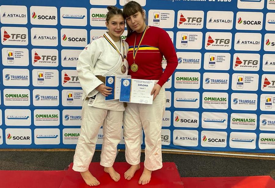 Sarolta Lungu și Carina Jurca