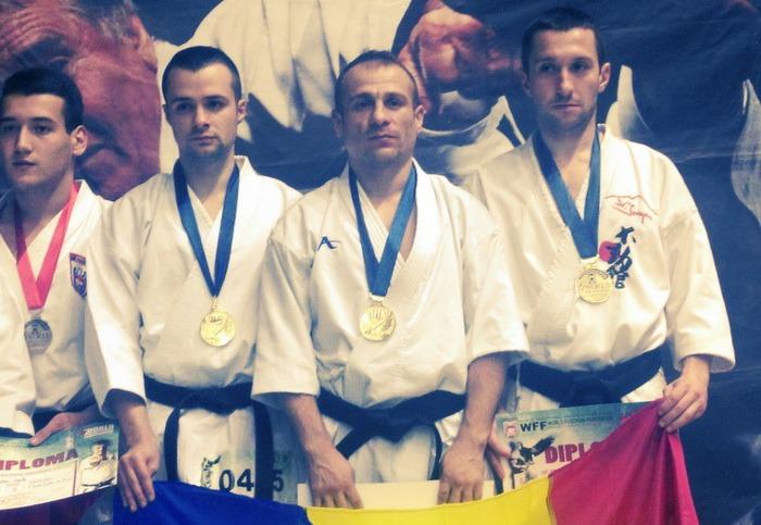 Trei titluri mondiale pentru sportivii orădeni de la CS UAMT Agora la întrecerile de fudokan de la Belgrad