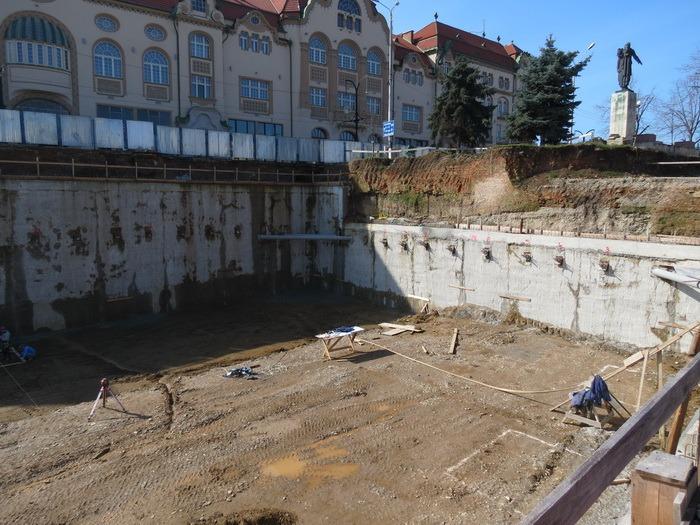 Liviu Andrica, despre lucrările la parkingul din Independenţei: Merg mai greu decât ne aşteptam (FOTO)