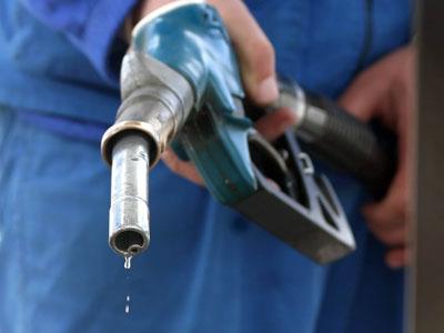 Comerciant de produse petroliere amendat cu 100.000 lei
