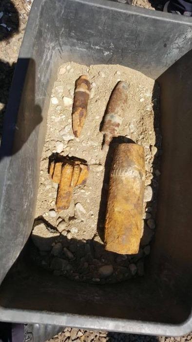 Atenţie la muniţia neexplodată! În două zile, pirotehniştii bihoreni au ridicat cinci proiectile periculoase (FOTO)