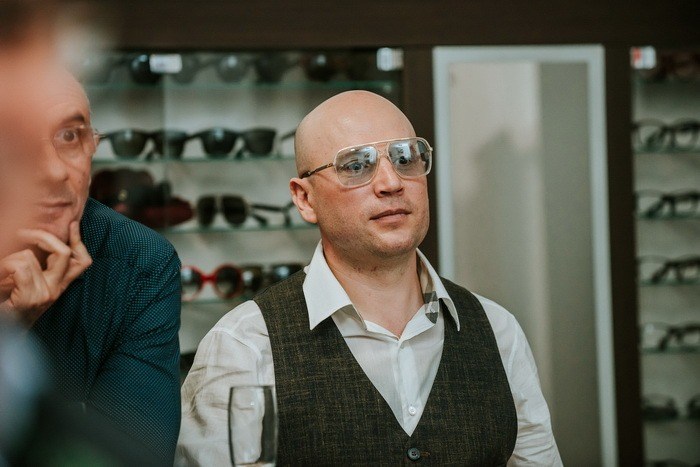 Ochelarii fashion: Optione a marcat 10 ani de existenţă, lansând cea mai nouă colecţie de ochelari Gucci la Oradea! (FOTO)
