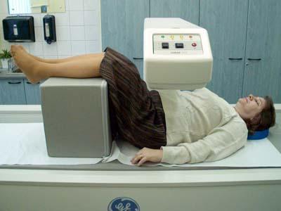 O clinică pentru tratarea osteoporozei se va deschide la Oradea, cu finanţare şi de la Guvern