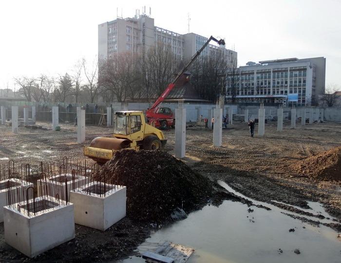 În grafic. Parcarea subterană de la Piaţa Rogerius a fost deja săpată şi izolată (FOTO)