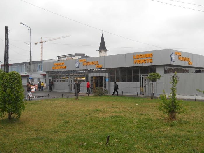 Piaţa Nufărul a fost modernizată (FOTO)