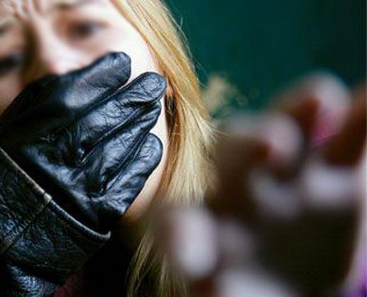 Poliţia în alertă: O prostituată din Salonta, răpită de pe stradă de un BMW de culoare închisă
