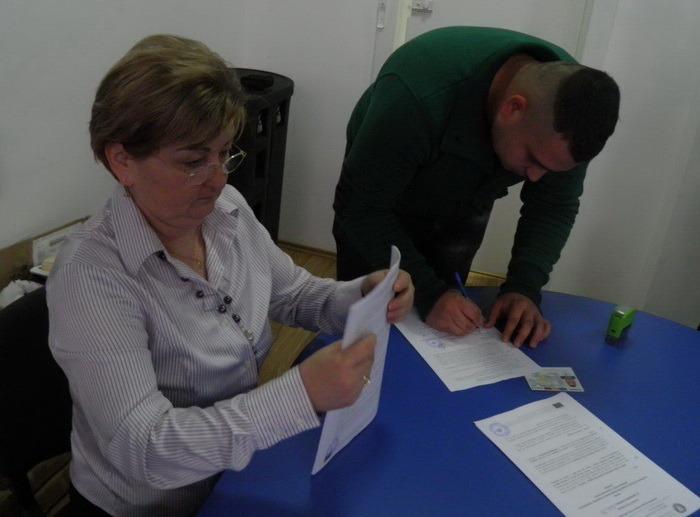 Şase milioane euro! 139 de bihoreni au obţinut finanţări de peste 40.000 euro pe programul privind intalarea tinerilor fermieri (FOTO)