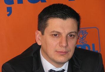 Parlamentar PDL prins în flagrant când lua şpagă 50.000 de euro