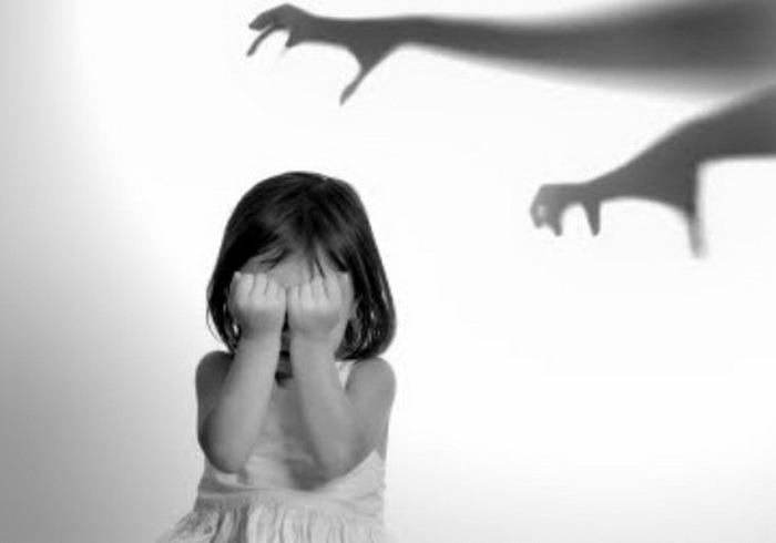 Trauma afectează fetele şi băieţii în mod diferit