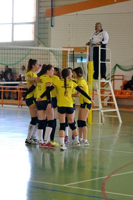 Voleibalistele de  la CSU Oradea s-au calificat la turneul semifinal al campionatului Diviziei A2, Seria de Vest (FOTO)