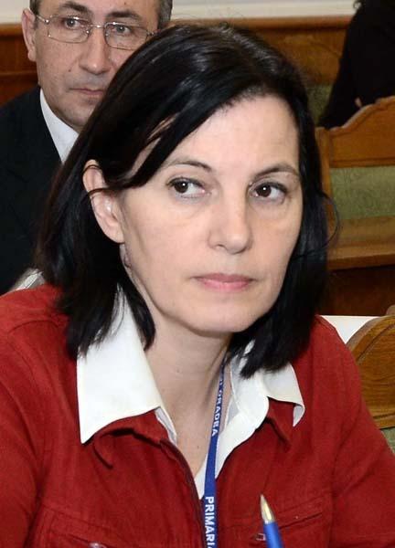 01 Adriana Lipoveanu_2.jpg