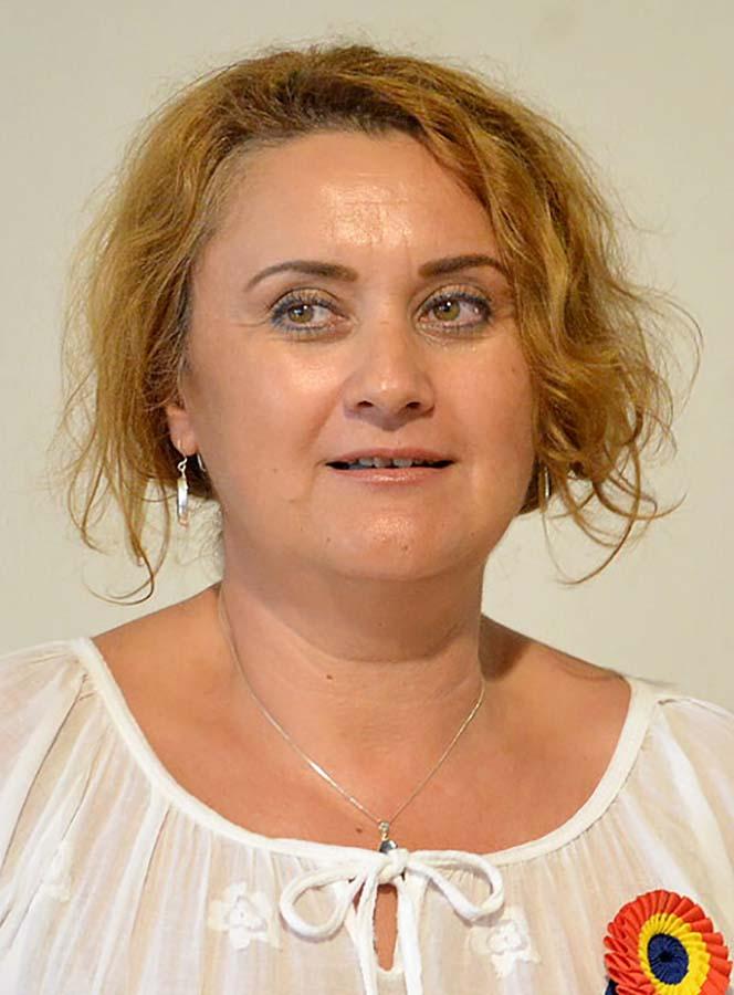 Angela Lupşea, directoarea Muzeului Orașului Oradea