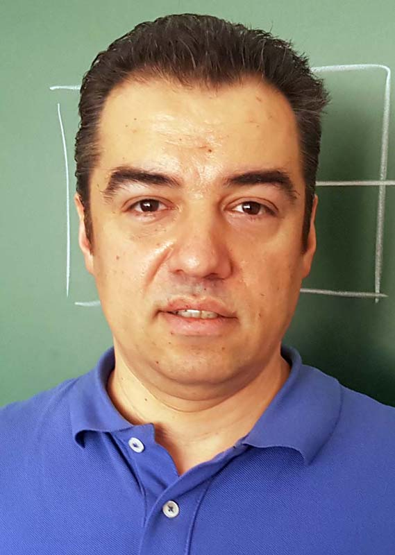 Daniel Erzse, profesor de matematică, mentor Coder Dojo