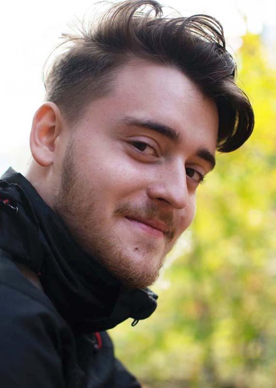 Tomi Borza, membru al echipei de programare şi asamblare.